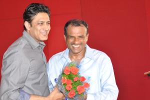 Manjunath Bhandary with Anil Kumble