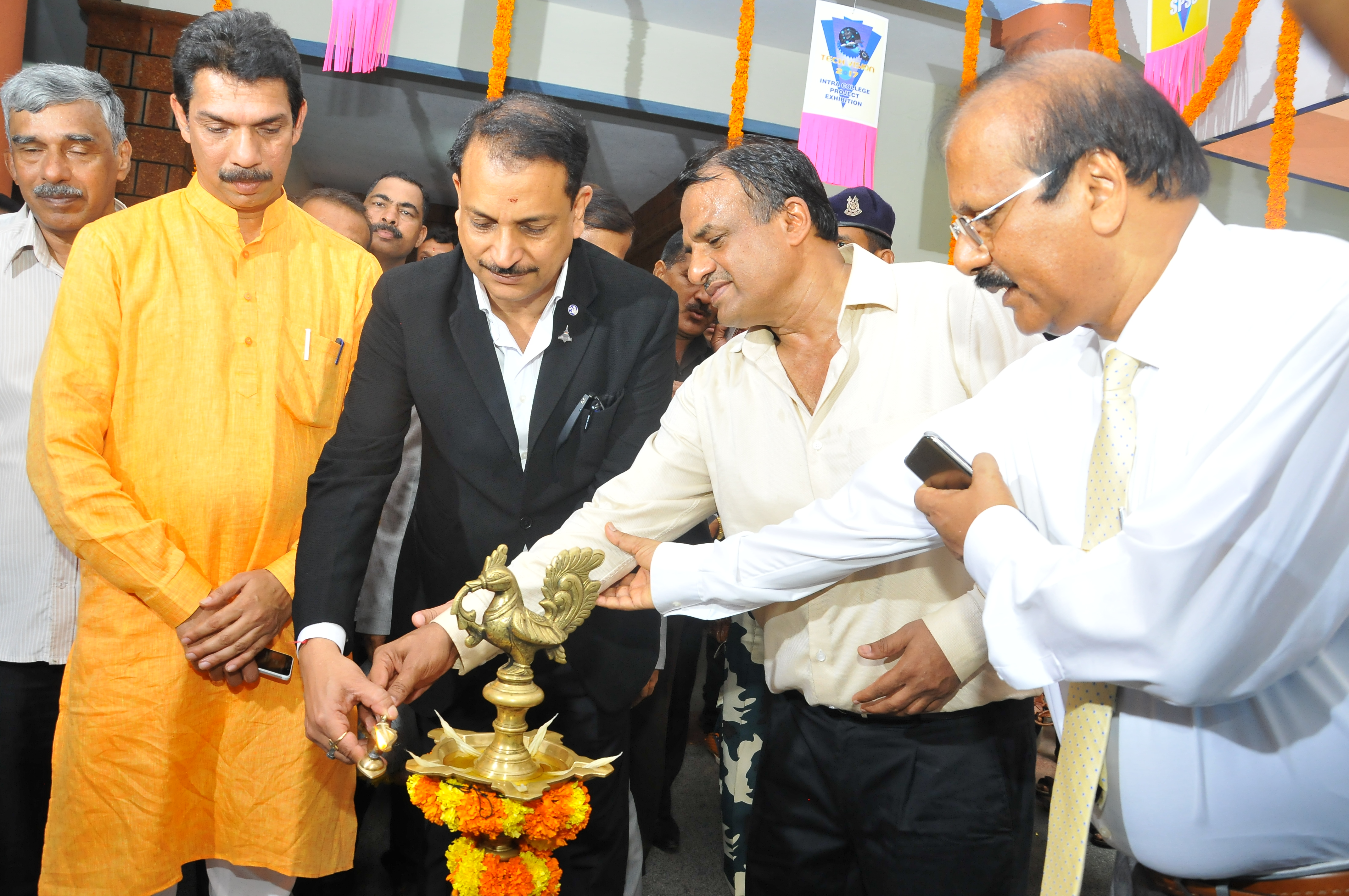 Visit of Union Ministers lighted up Sahyadri today